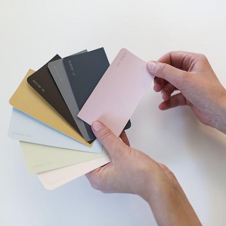I denne uge har vi fokus på maling  Læs mere om hvordan du skaber den rette stemning med farver på xl-byg.dk/maling eller se de gode tilbud i tilbudsavisen, hvor du lige nu kan spare op til 25 % på al Sadolin maling #xlbyg #gørdetselv #gørdetordentligt #maling #sadolin #akzonobel #farver #male # #