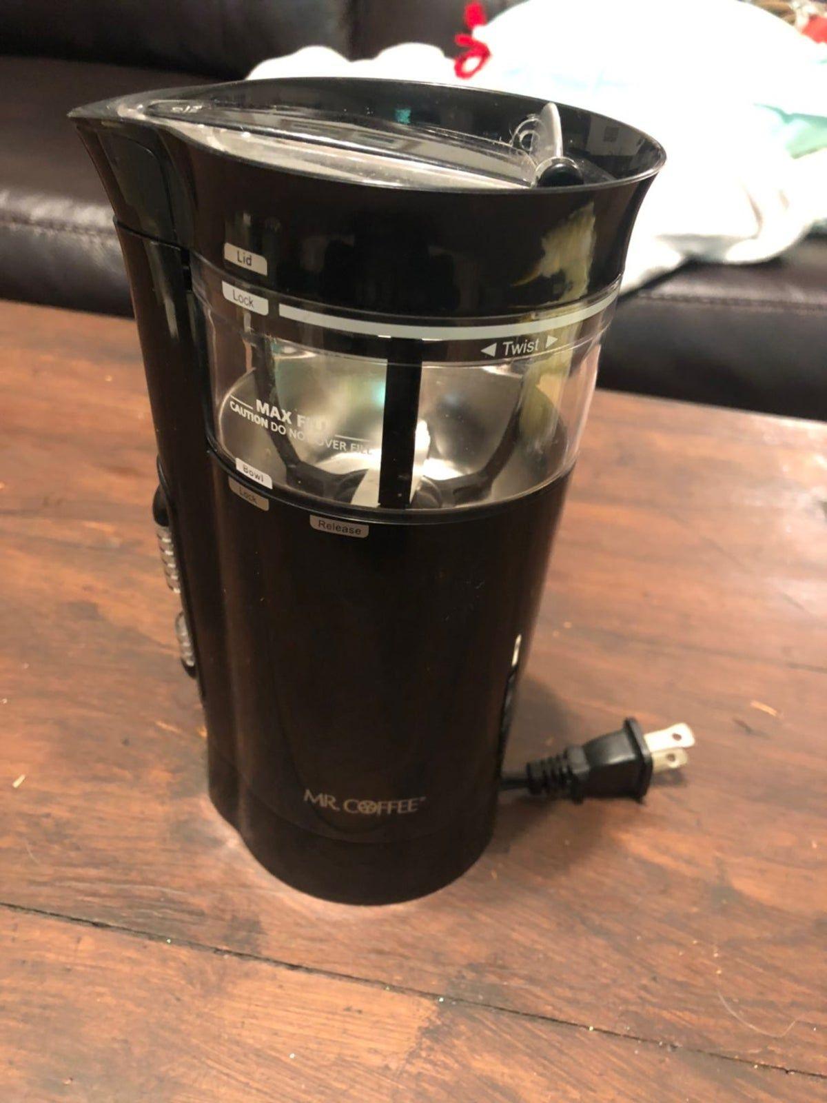 Mr Coffee Coffee Bean Grinder In 2020 Coffee Bean Grinder Coffee Beans Coffee Flavor