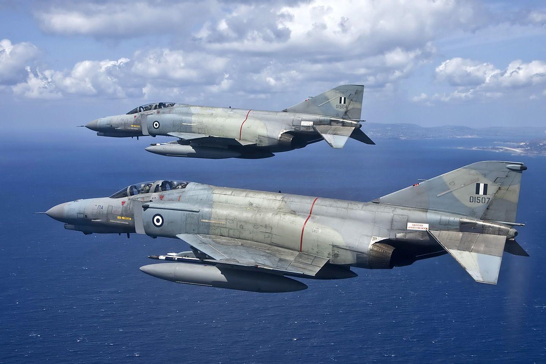 F 4E AUP Phantom II | Military aircraft, Fighter jets
