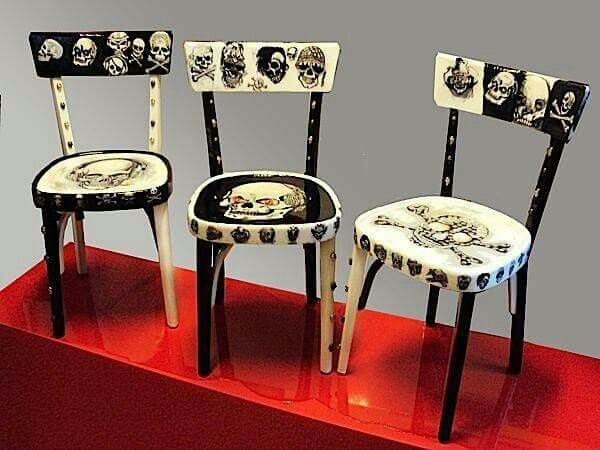 Skull Chairs For My Pirate Lair