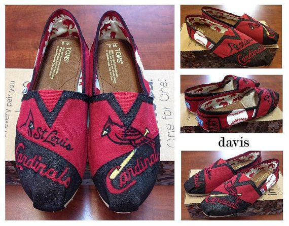 St Louis Cardinals Toms!! Wow....these screams Kellee!!!