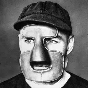 In 1929 Montreal Maroons Goaltender Clint Benedict Wore A Leather Mask To Protect His Broken Nose Goalie Mask Goalie Hockey Mask