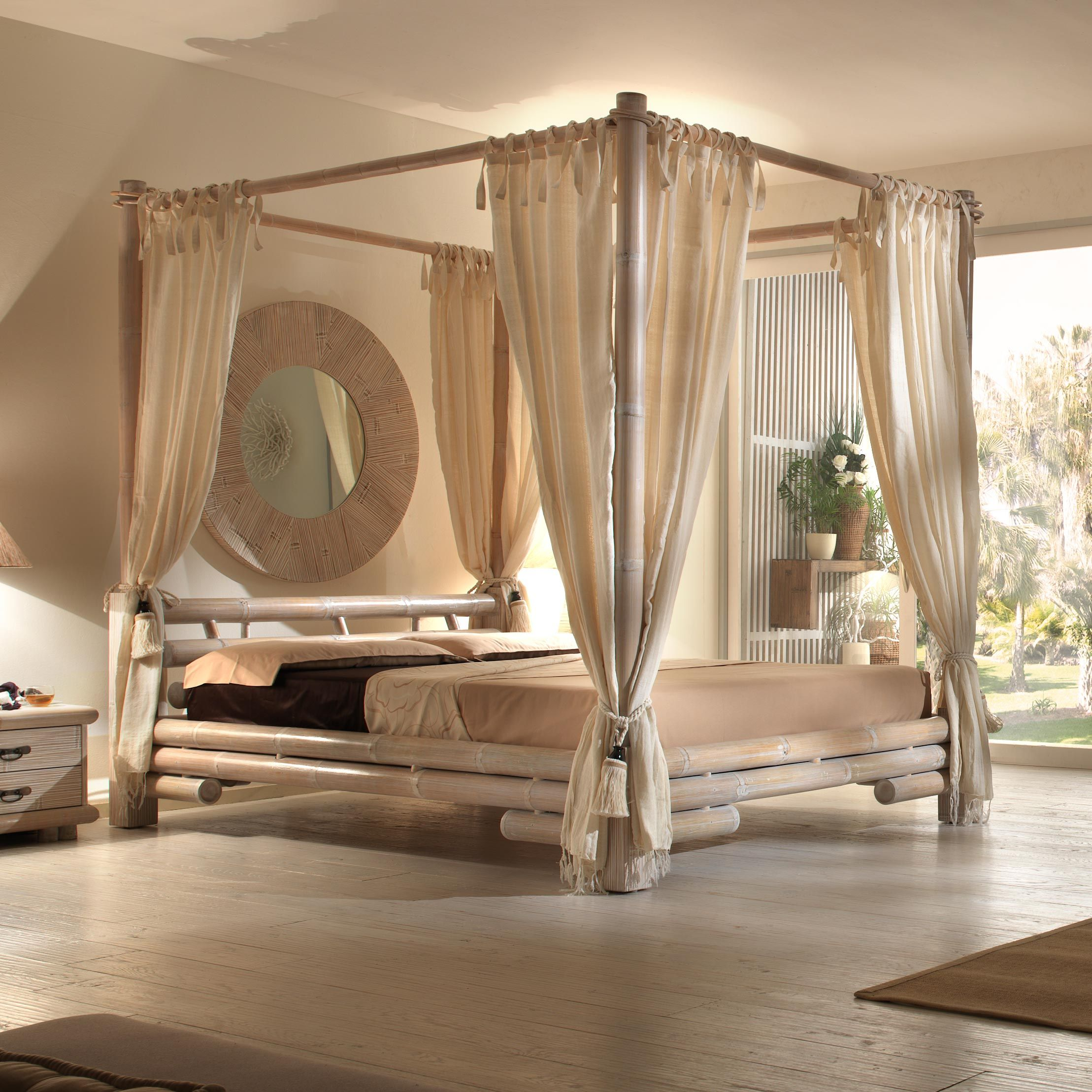 beau lit a baldaquin  Interior design bedroom teenage, Bed