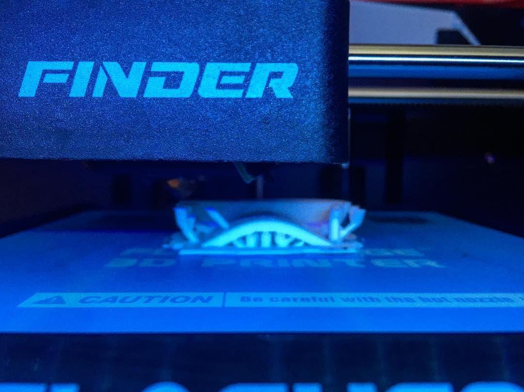 Support support support... Stay tuned. #3d #3dprinting #3dprinted #3dprinting #flashforgefinder #finder #pla #plastic #industrialdesign #productdesign #product #design #designer #engineer #engineering #art #makeraddictz #maker #make by 3dconceptz
