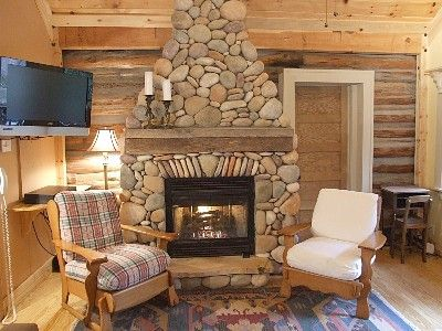 Gas Stone Fireplace stone fireplace-gas log; cable tv, wi-fi | english cottages/lake