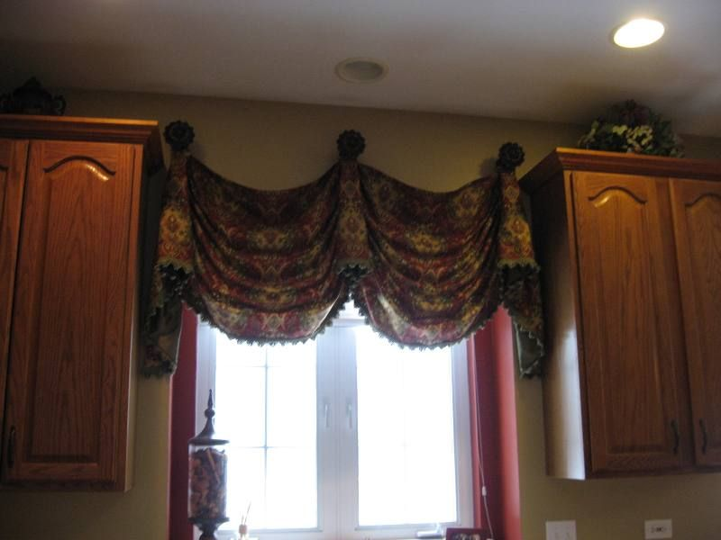 Window Valance Ideas | 165 U2013 Empire Valance On Medallions U2022 Window Frills