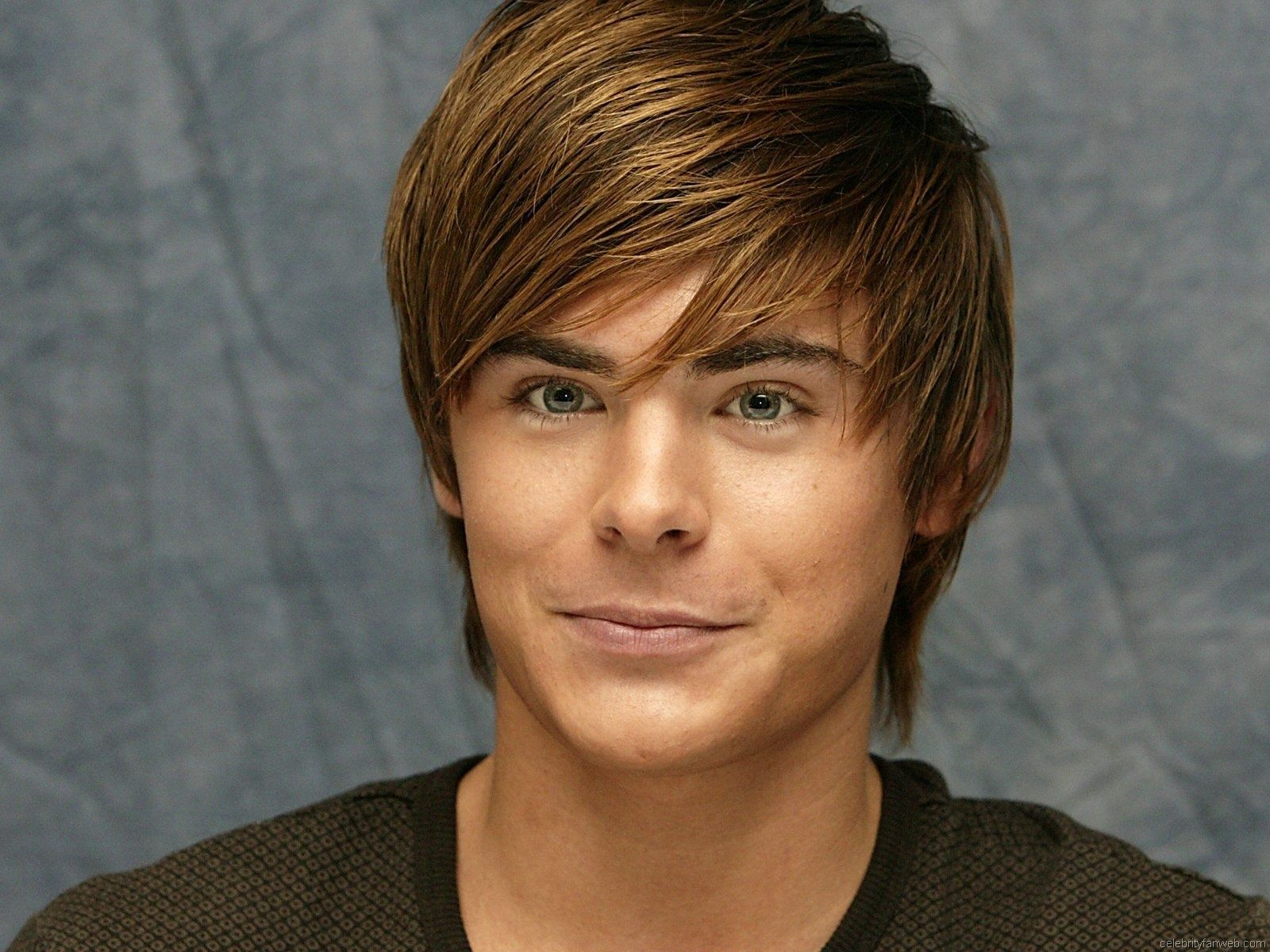 Find out Zachary David Alexander Efron wallpaper on