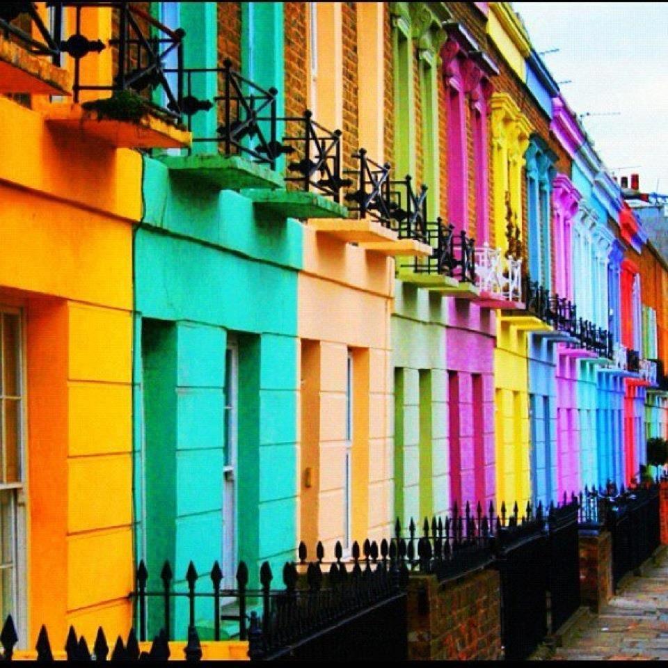 Colorful Buildings: Colores Del Mundo En Nuestras Casas