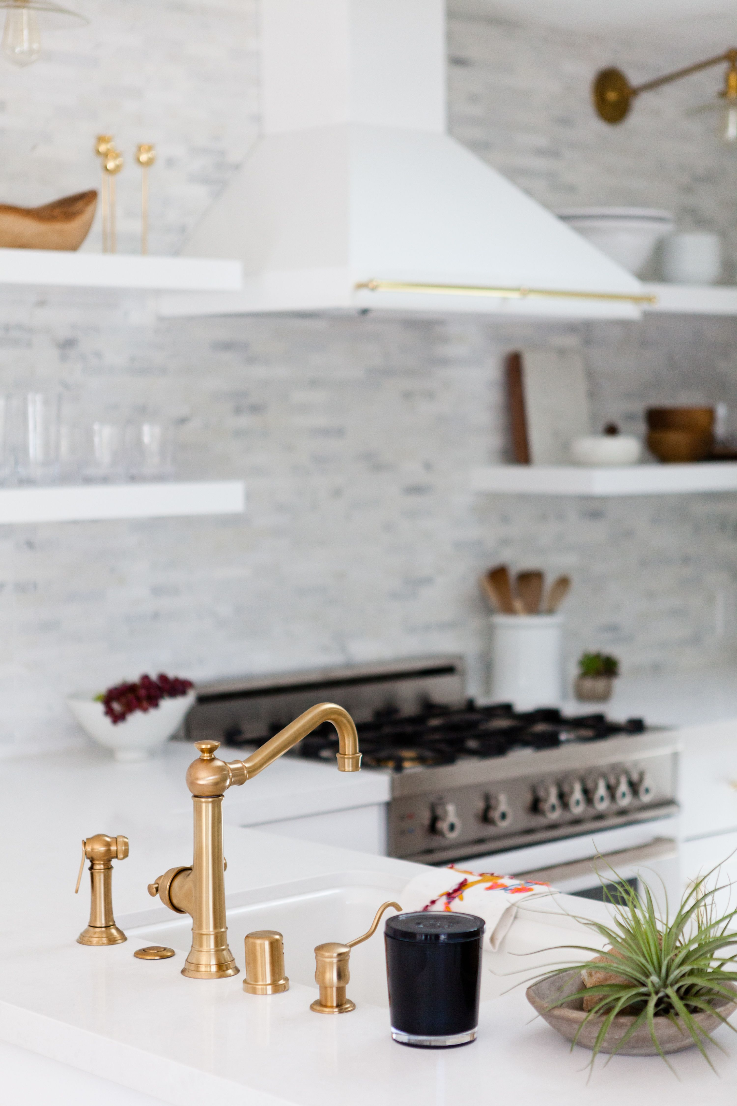 35 of the Dreamiest White Kitchens | Küche