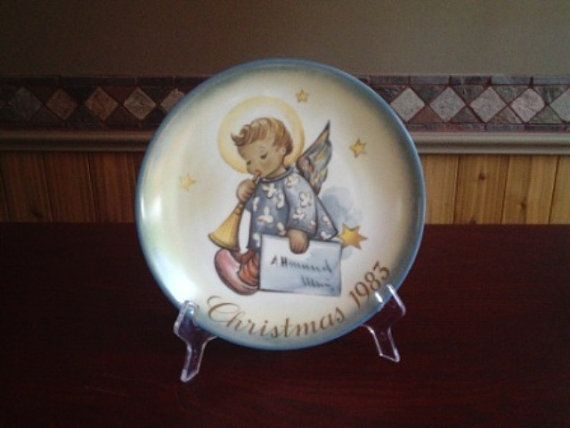 Vintage Hummel Collectors Plate Christmas 1983 by sweetpeaspantry, $15.00