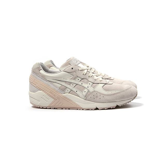 asics blush off white