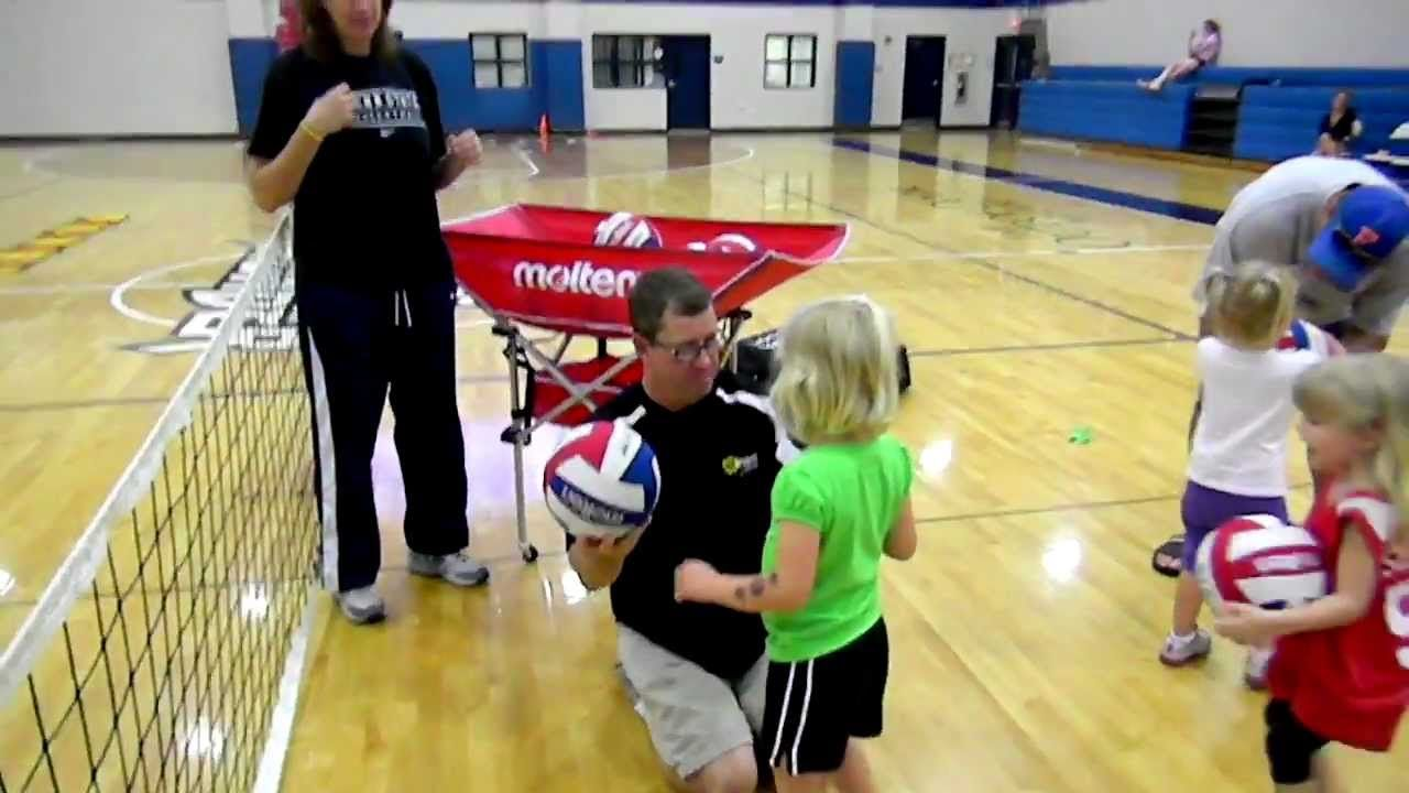 Volleytotz And Volleykidz Volleyball Program For Kids Youth Volleyball Volleyball Drills Volleyball Training