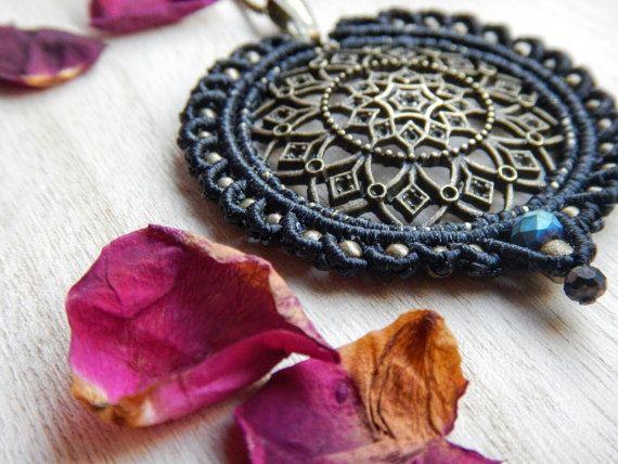 Mandala macrame pendant boho pendant yoga jewelry bohemian mandala macrame pendant boho pendant yoga jewelry by penelopeknots mozeypictures Image collections