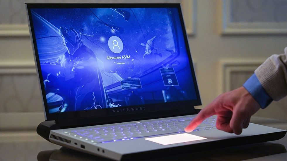 New Alienware Area 51m Powerful Gaming Laptop Alienware Gaming