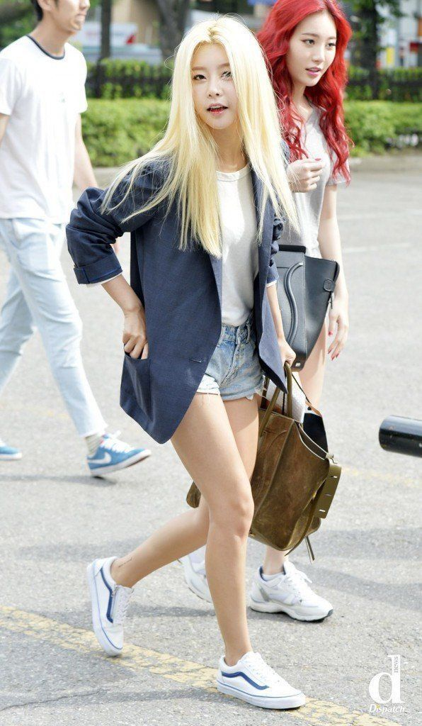 Dispatch Compiles Photos Of Female Idols With Summer Fashion Korean Street Fashion Fashion Girly Outfits