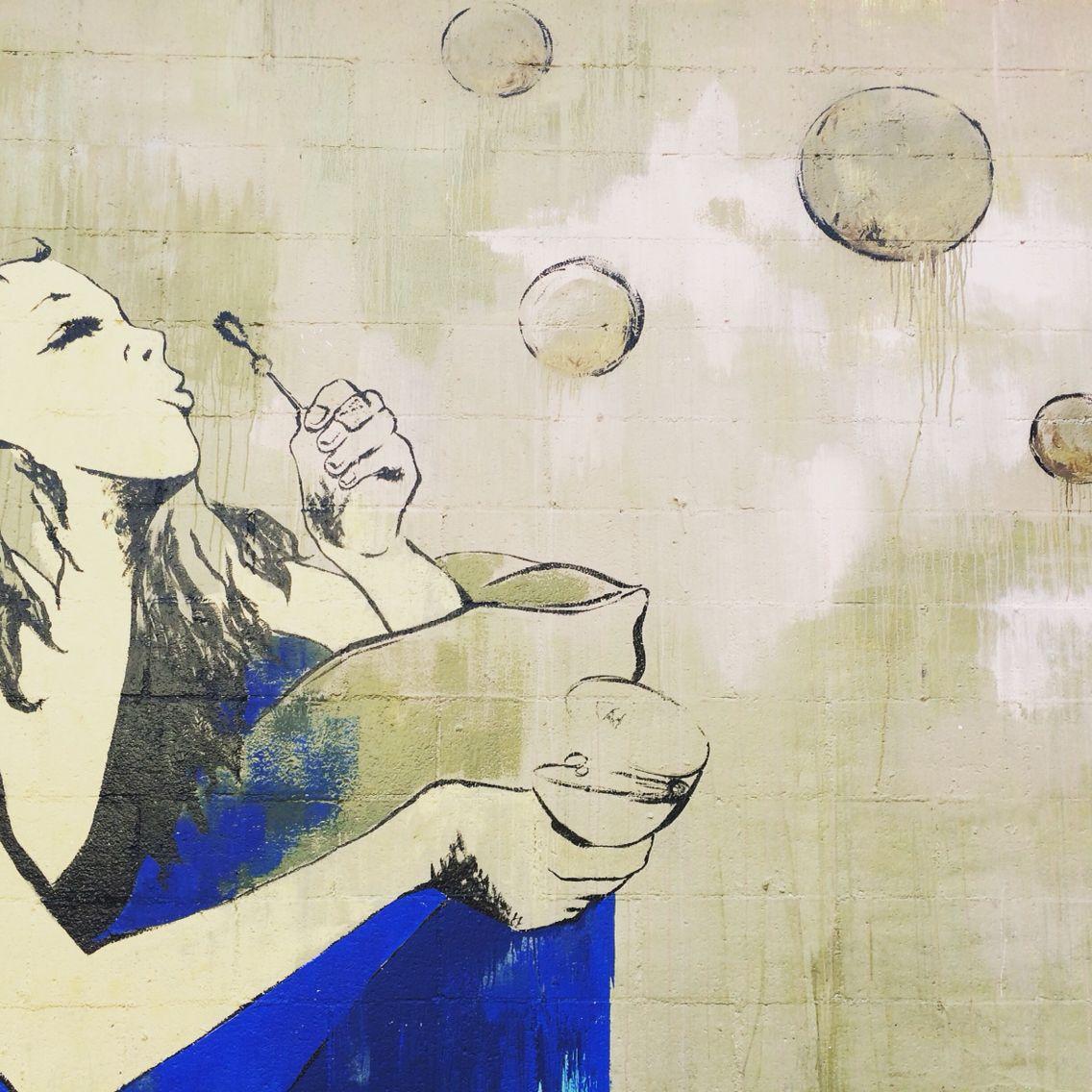 LA street art ✌️✌