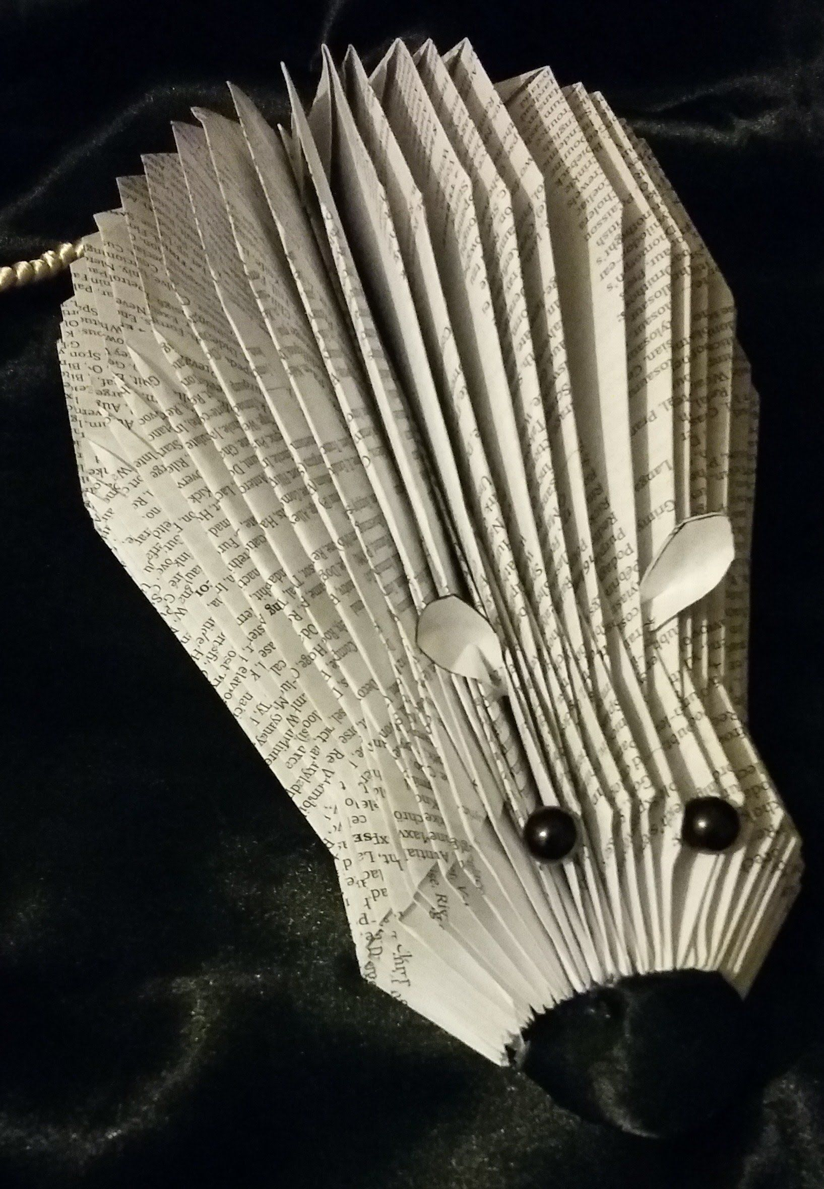 book folding book art mouse full tutorial this mouse uses