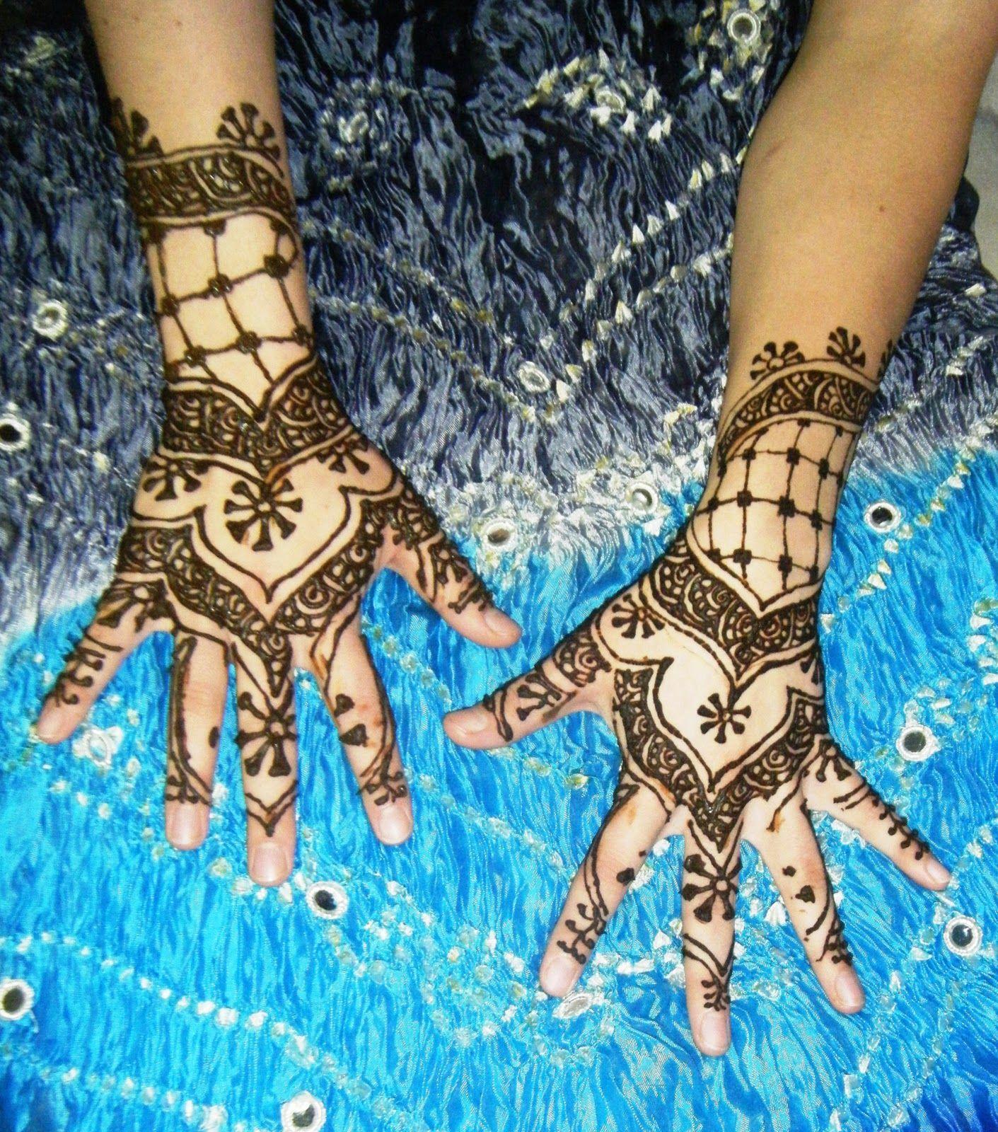 East Indian Henna Tattoo: Professional Henna Artist: Afghani, Indian, Arabic
