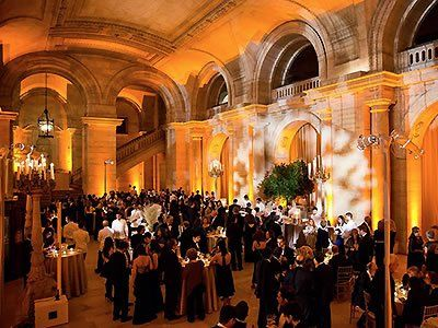 A Glamorous Wedding At The New York Public Library Reception Weddings And Venues