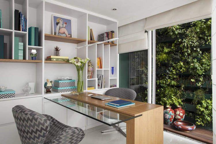 Idée déco bureau éco friendly. le jardin vertical est la grande