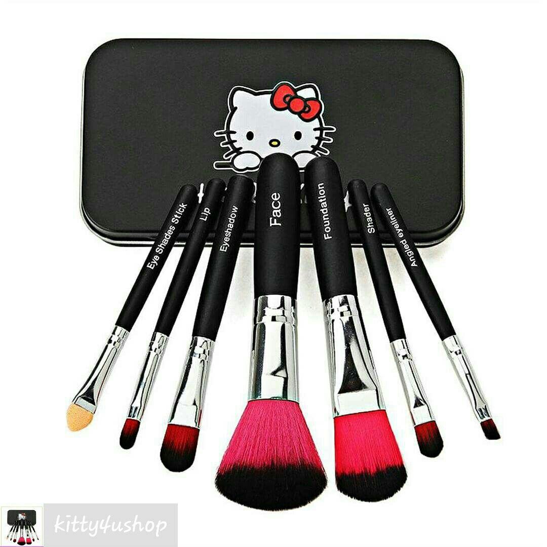 #HelloKitty #MakeupBrushes #MakeupKit#hellokittyfan #makeuplovers#makeup #cosmetics
