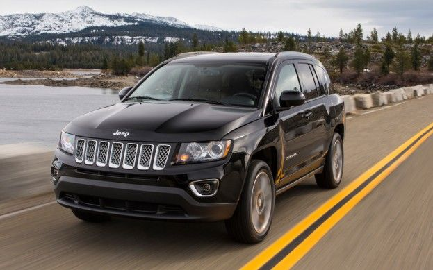 Updated 2014 Jeep Compass And Jeep Patriot Make Detroit Debut With Six Speed Automatic Jeep Compass Jeep Patriot Jeep