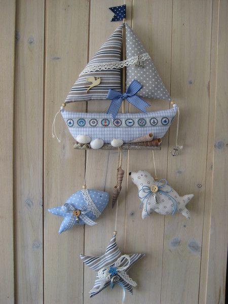 Deko-Objekte - Segelboot mit Fisch,Robbe,Seestern u.Muscheln - ein Designerstück von Stoffzauberwelt bei DaWanda