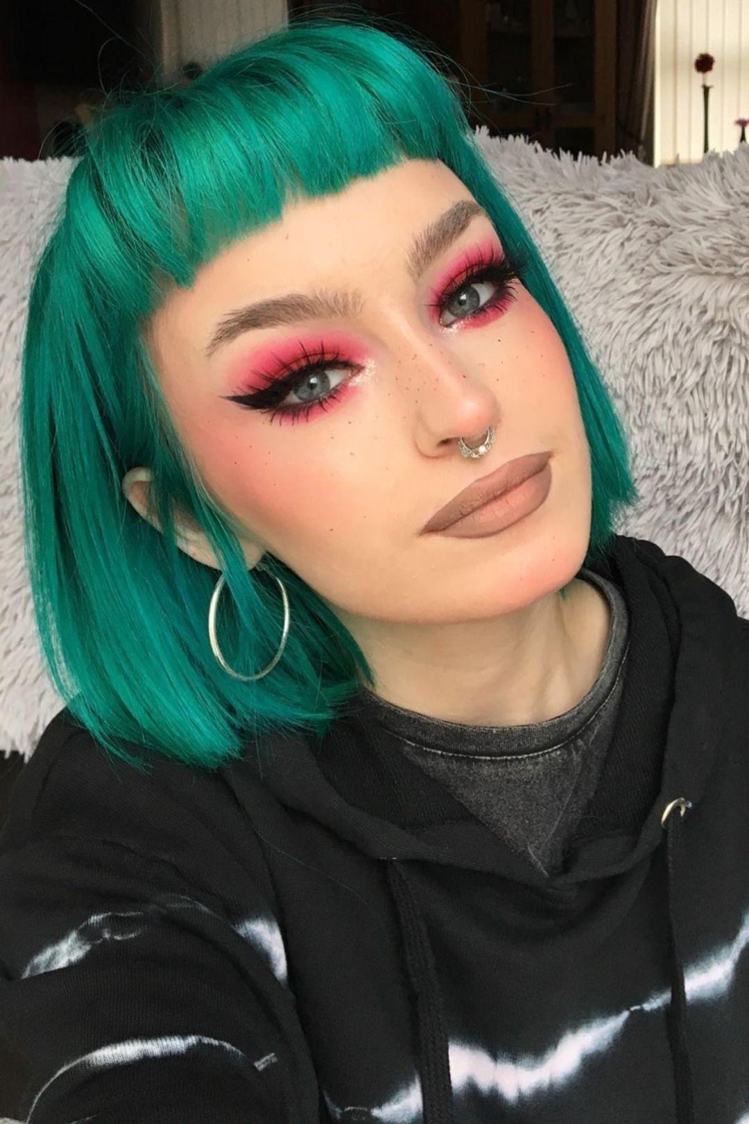 Charliewakeman In 2020 Turquoise Hair Short Teal Hair Green Hair
