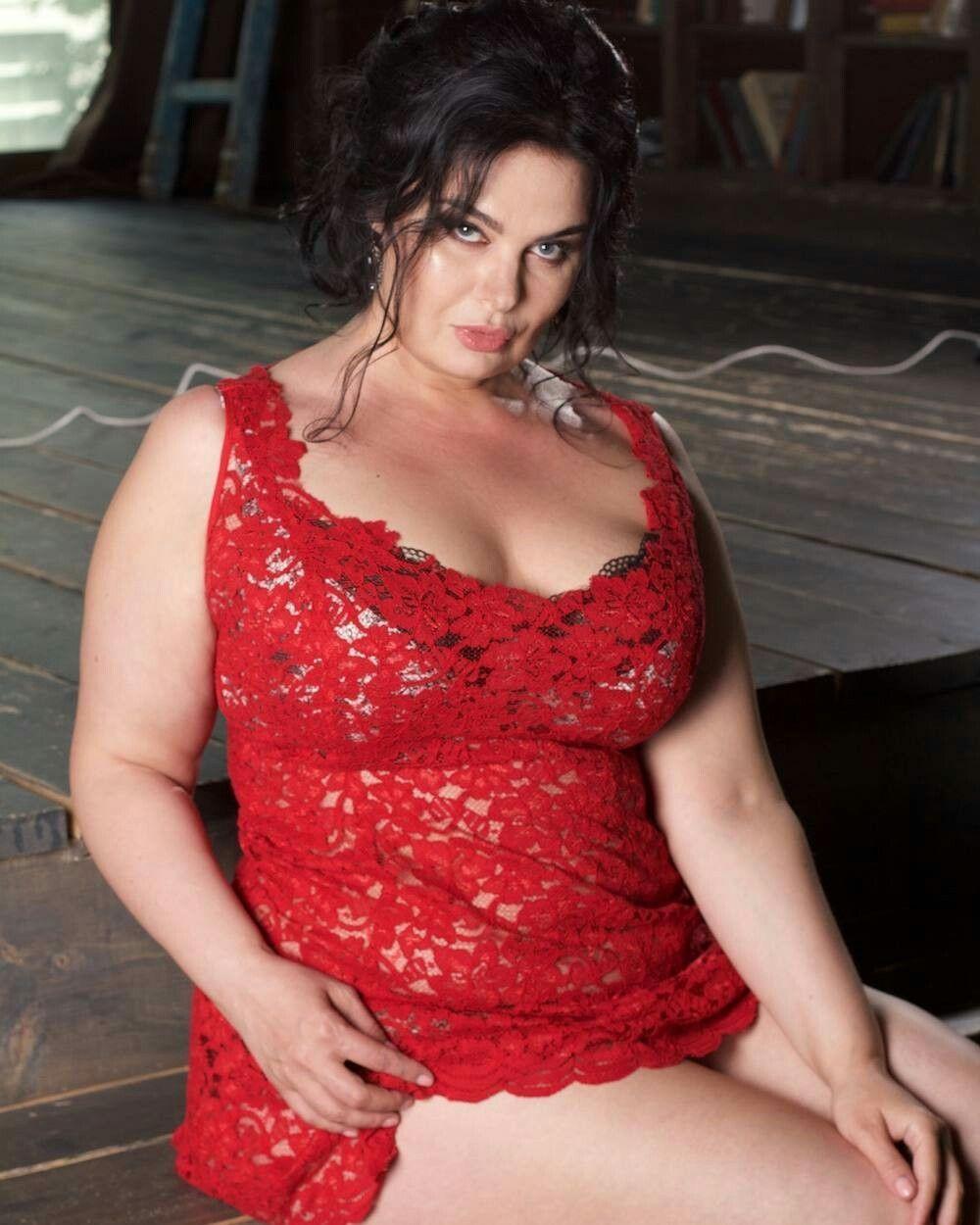 Badfeet F0 9f 91 A3 Olga Taranova Beautiful Curves Sexy Curves Curvy Girl Lingerie Red