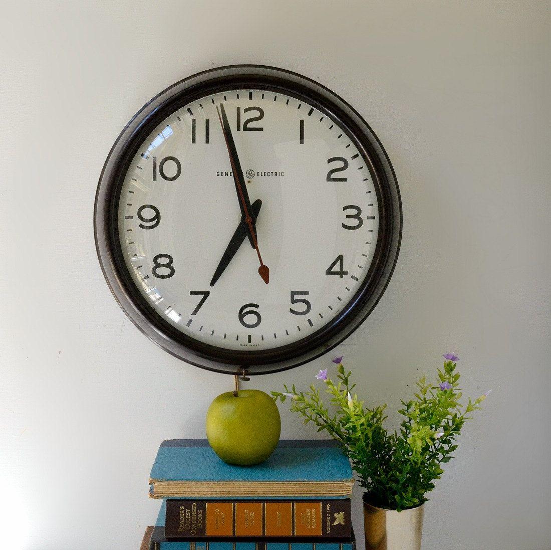Vintage School Wall Clock By General Electric Schoolhouse Etsy Clock Wall Clock Vintage School