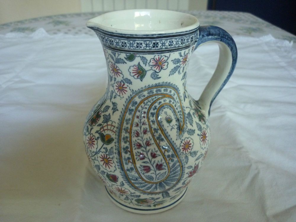 Pichet pot a lait ancien faience de gien modele cachemire
