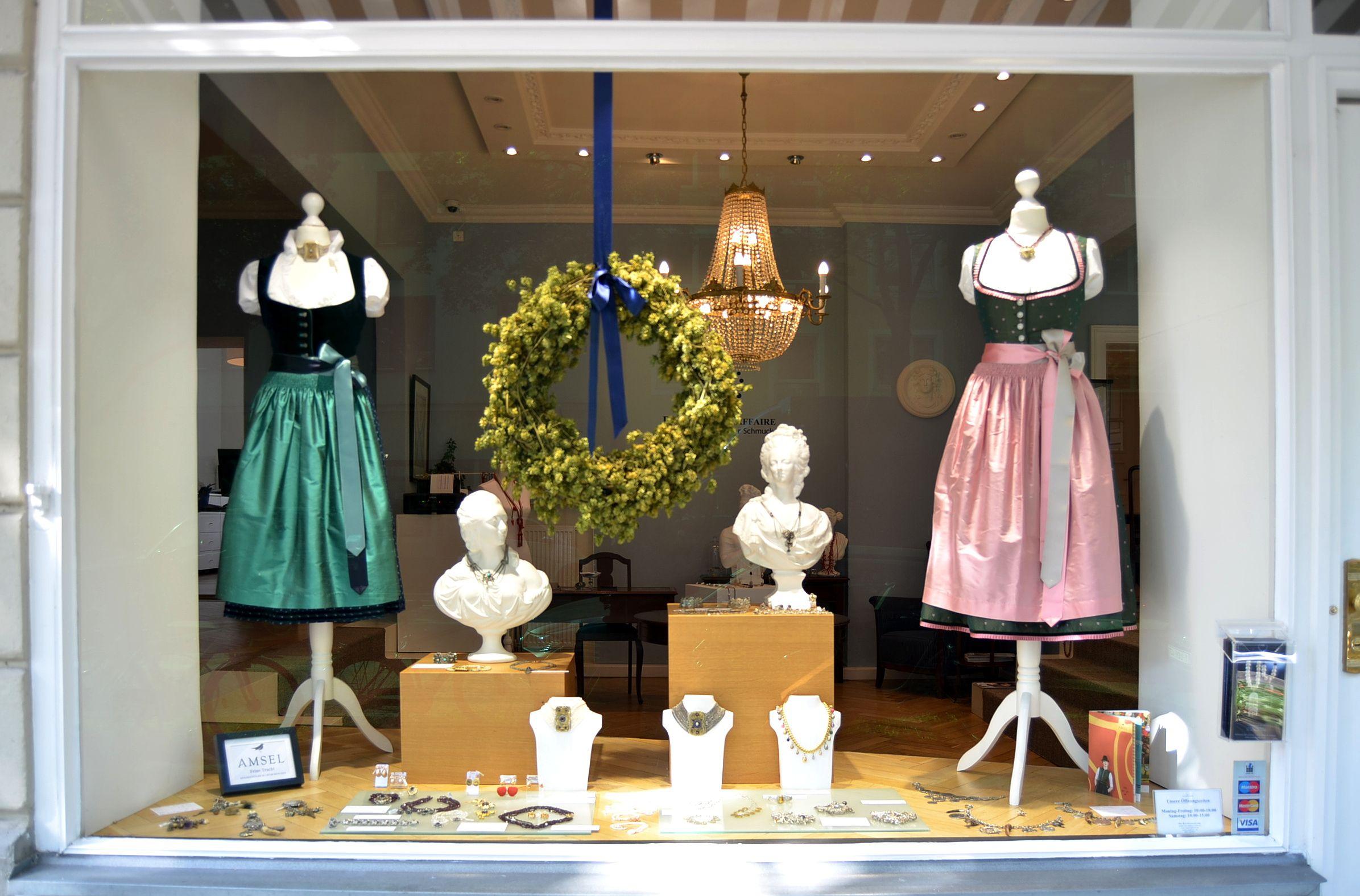 Sympathisch Schaufensterdekoration Beispiele Sammlung Von Unser Wiesn Schaufenster Passend Zum Oktoberfest Wiesn