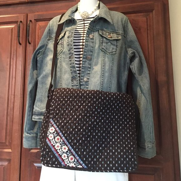 "Selling this ""VERA BRADLEY BRIEFCASE/ATTACHÉ"" in my Poshmark closet! My username is: mzehner2001. #shopmycloset #poshmark #fashion #shopping #style #forsale #Vera Bradley #Handbags"