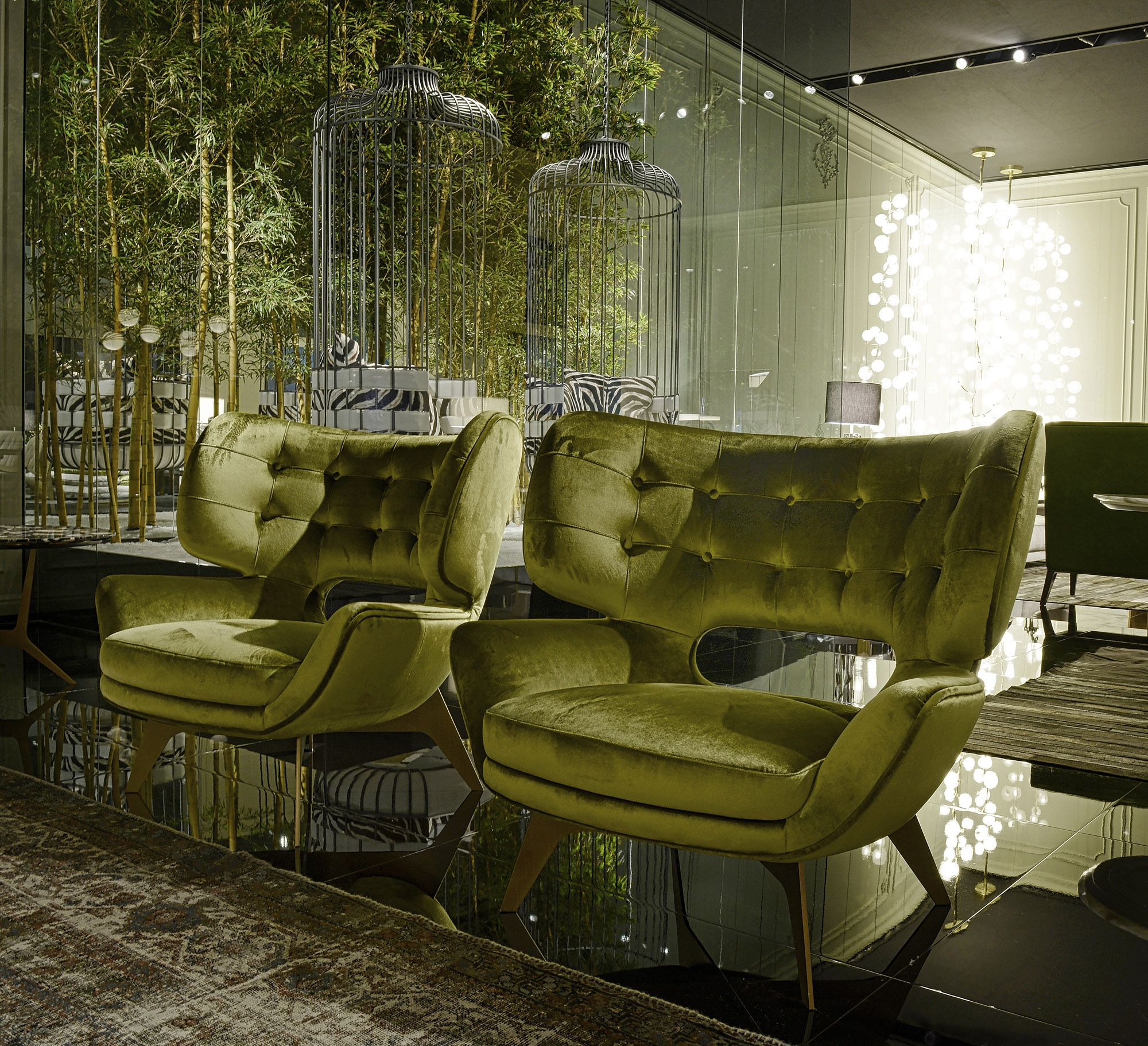 The Refreshing Interior Featuring Lime Accents Of The Neo Derm Medical Aesthetic Center Hotel Interior Design Interior Trending Decor