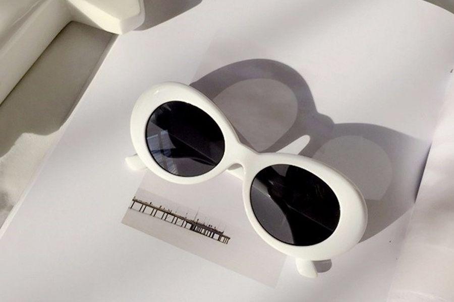 426d9231b39 Brandless kurt cobain glasses