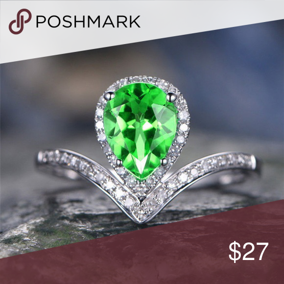 New 925 Sterling Silver Filled Emerald Cubic Zirconia Crystal Ring For Women