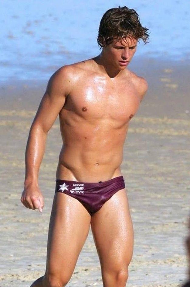 Shirtless Male Swimmer Beach Jock Speedo Athletic Dude Wet