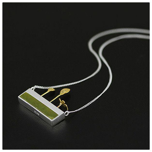 Silver Chains - White Gold 925 Silver Small Garden Peridot gold - a design piece from Aurelia-Pieces at DaWanda