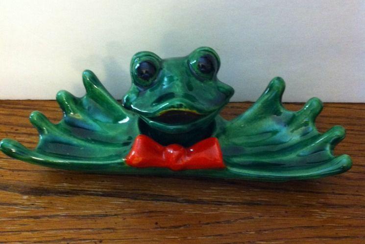 Japan Victoria Ceramics Collectible Green Frog Red Bow TRINKET BOX DISH HOLDER #VictoriaCeramics