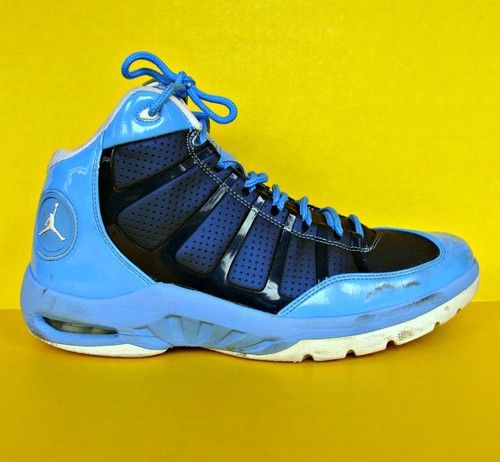 carolina blue basketball shoes cross trainer sneakers nike