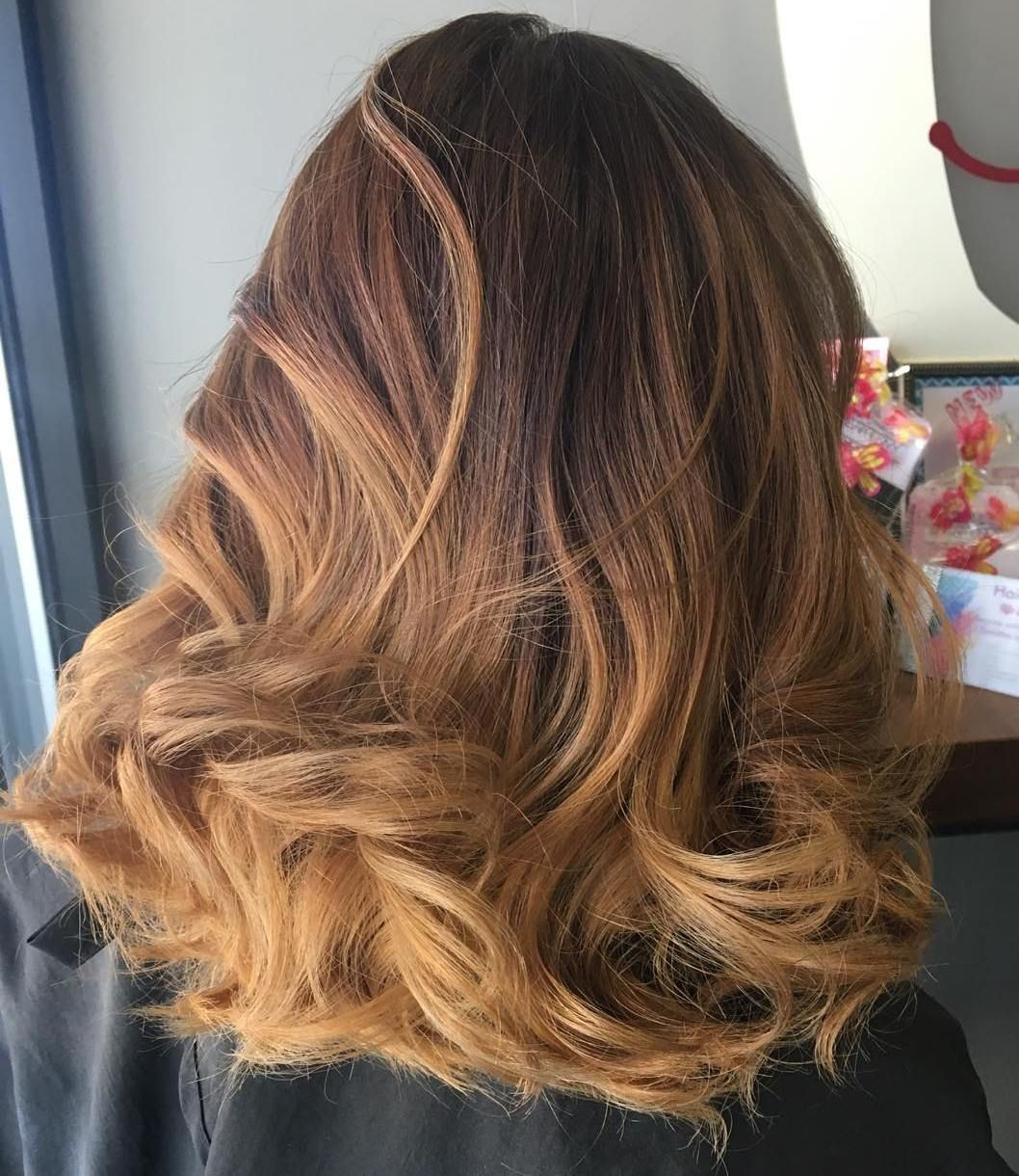 Fashion style Hair brown with caramel ombre for girls