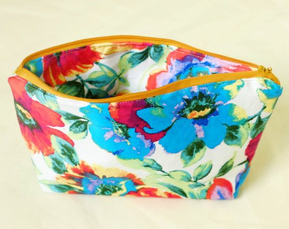 Floral Cosmetic Bag, Large Make Up Bag. Ready for summer trips :)