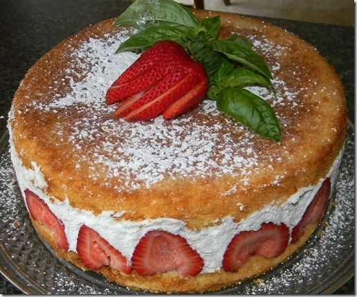 Fresh Frasier (lemon chiffon cake with strawberries)