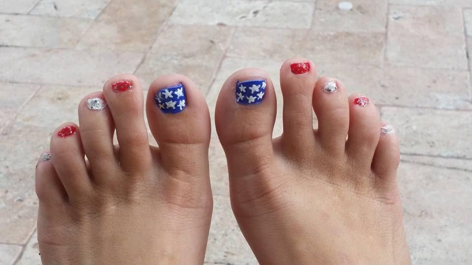 Beautiful American Flag Design Patriotic Toe Nail Art Design - 40 Irresistible 4th Of July Patriotic Toe Nail Art Ideas Nails