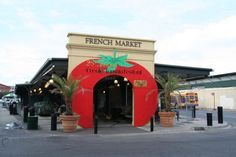 11 Under $5 -- Super-Cheap Things to do in New Orleans' French Quarter: Gawk and Haggle as in Days of Yore at the French Market
