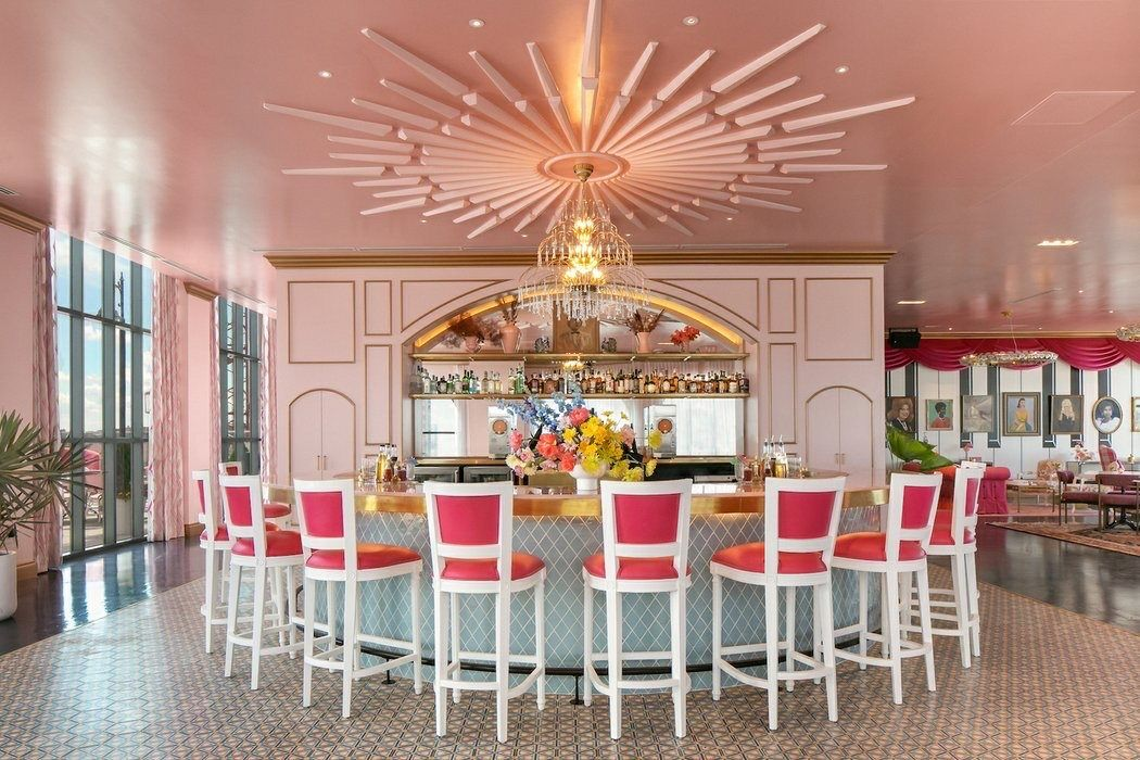 There's A Dolly Parton-themed Bar In Nashville And Almost Everything Is Pink