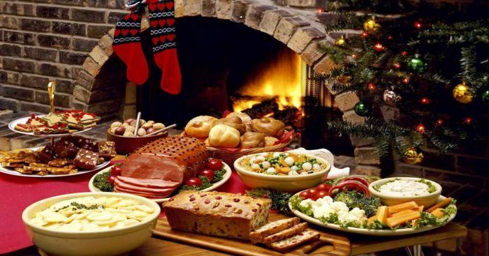 russische weihnachten weihnachten in russland kirchliche messe festliche festtafel christmas