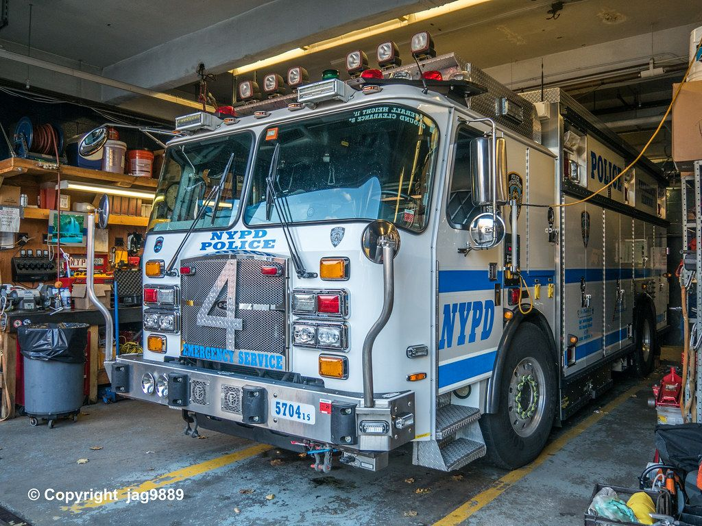 NYPD Police Emergency Service Squad 4 Truck, Kingsbridge
