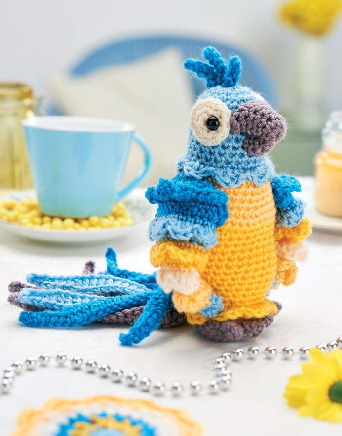 Вязаный крючком попугай, описание игрушки