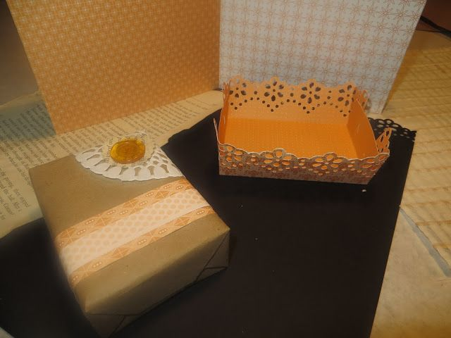 Small Gift Packaging: Learn how to make a decorative  paper tray